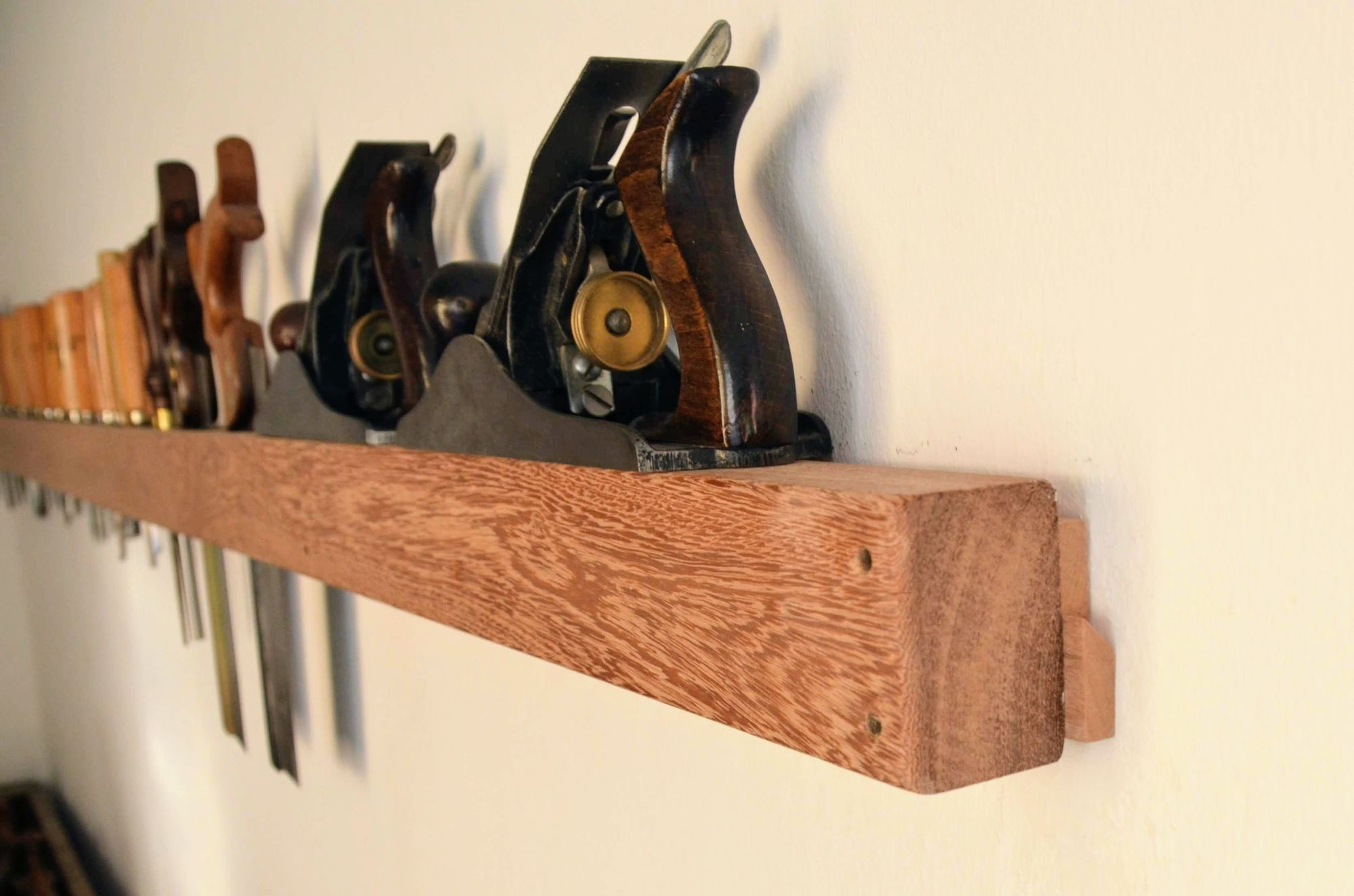 Hand tool rack with French cleat