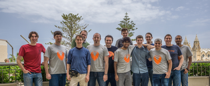 A sample of the wider Ubuntu Community team, with Canonicalers and volunteer core app developers